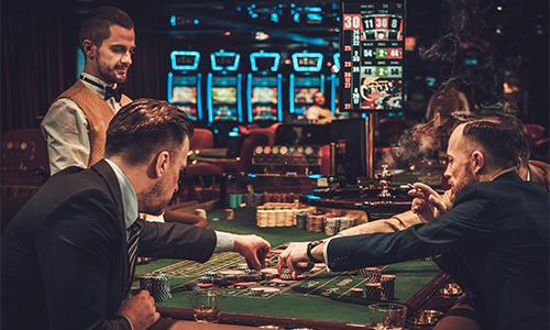 Как составляют рейтинги и пишут обзоры про казино